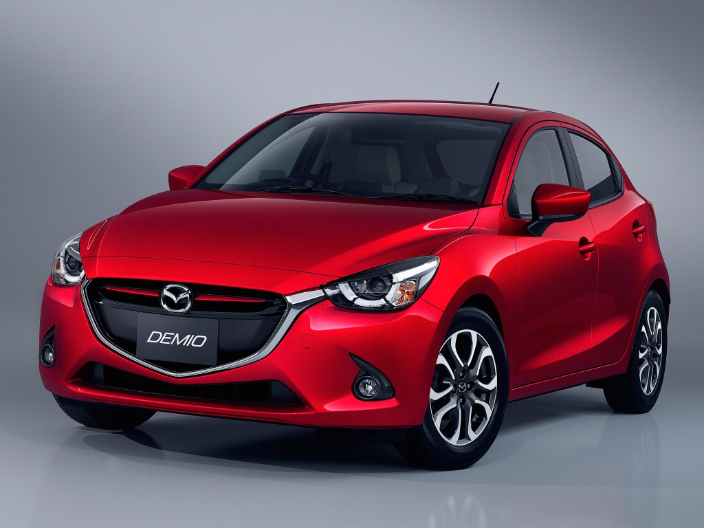 nuevo mazda 2 2015 mundoautomotor. Black Bedroom Furniture Sets. Home Design Ideas