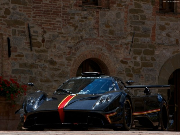 Pagani Zonda Revolucion en video