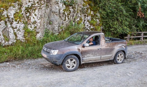 Dacia Duster Pick-up, Se Muestra Sin Camuflaje