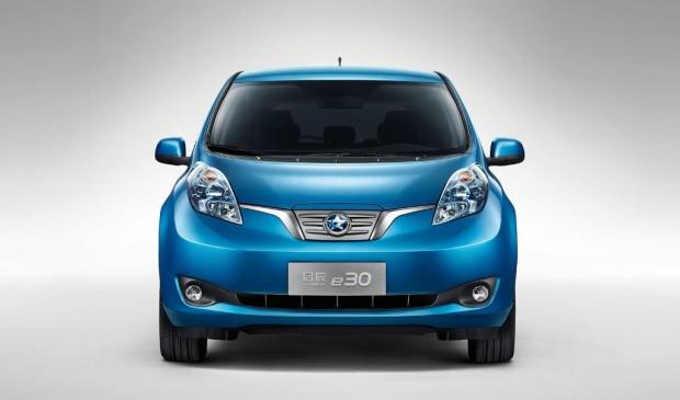 Nissan Venucia e30