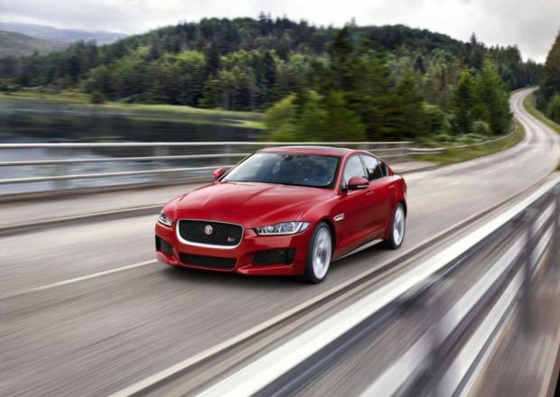 Jaguar XE Sports Saloon 2015