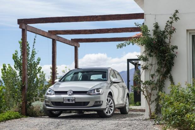 El nuevo Volkswagen Golf VII disponible desde 229.993 pesos