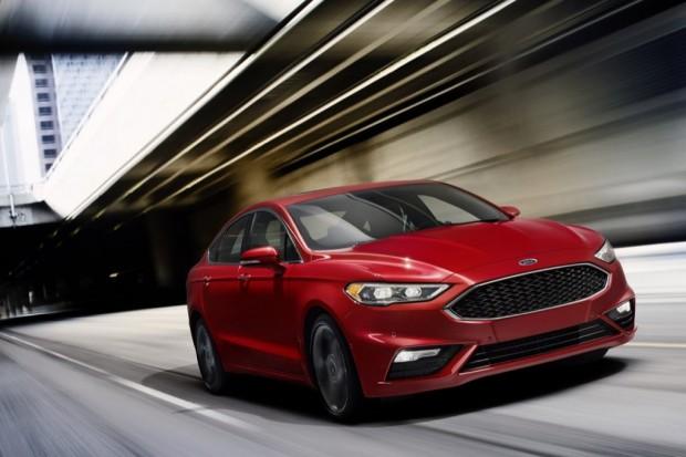 El Nuevo Ford Fusion Puede Saltar Baches En El Camino